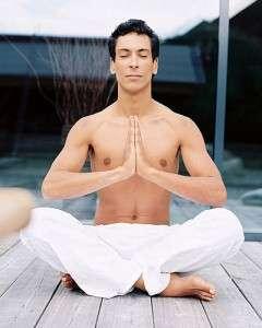 Человек в состоянии медитации