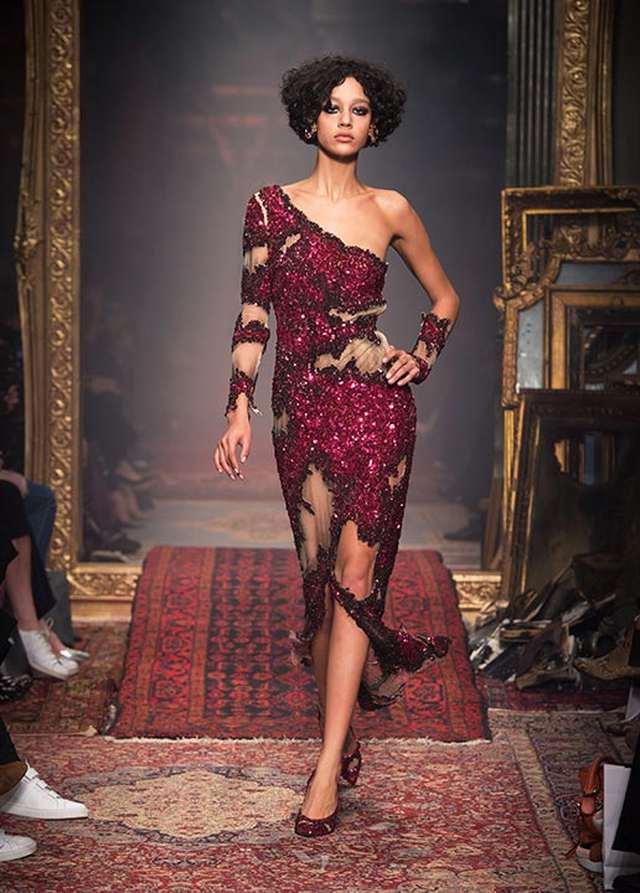 красное платье moschino